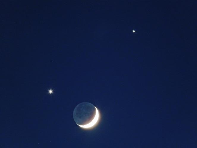 Venus - Moon - Jupiter, shot by Arieh Schkolnick